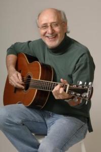 Peter_Yarrow_guitar